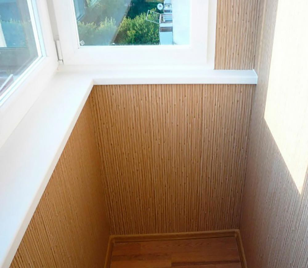 Отделка балкона пластиковыми панелями (88 фото): как обшить лоджию, обшивка прозрачными пвх