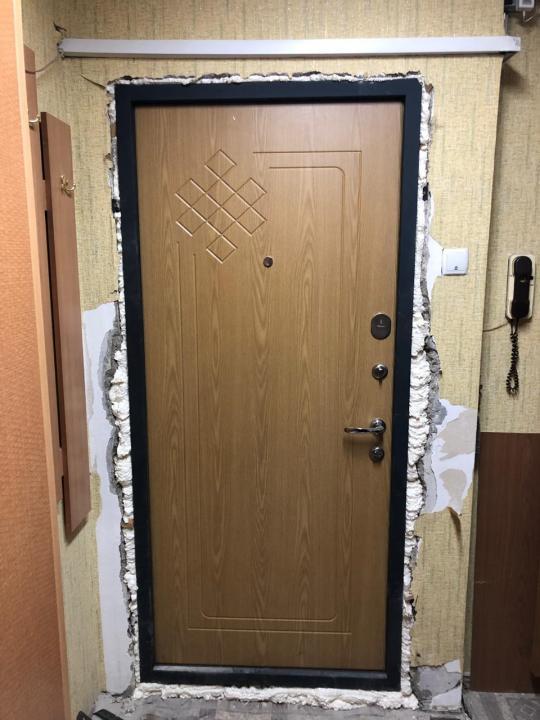 Чем и как утеплить входную металлическую дверь в квартире?