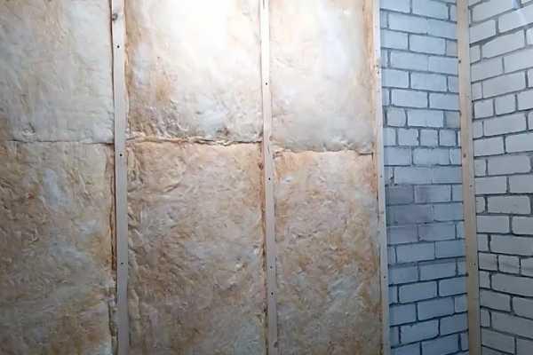 Утепление стен панельного дома изнутри: особенности и технология