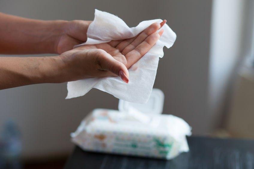 6 причин держать под рукой детские салфетки, даже если у вас нет маленьких детей
