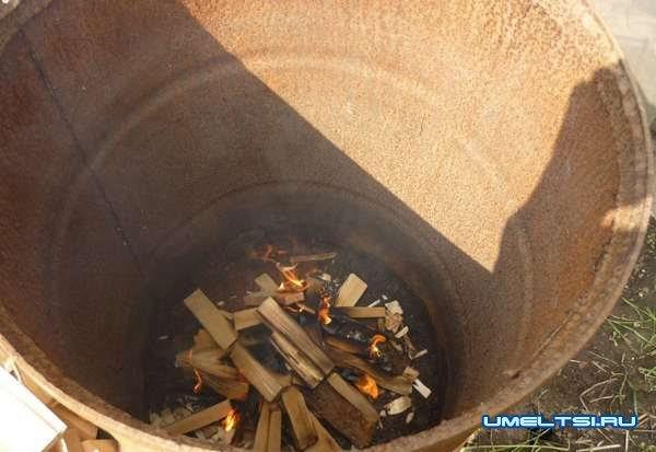 Как сделать древесный уголь своими руками, его свойства и применнение
