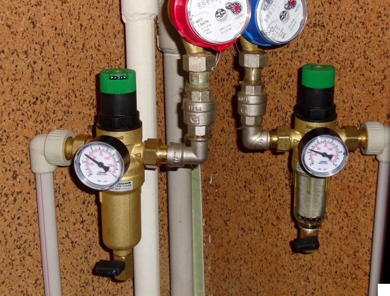 Принцип работы редуктора давления воды в системе водоснабжения