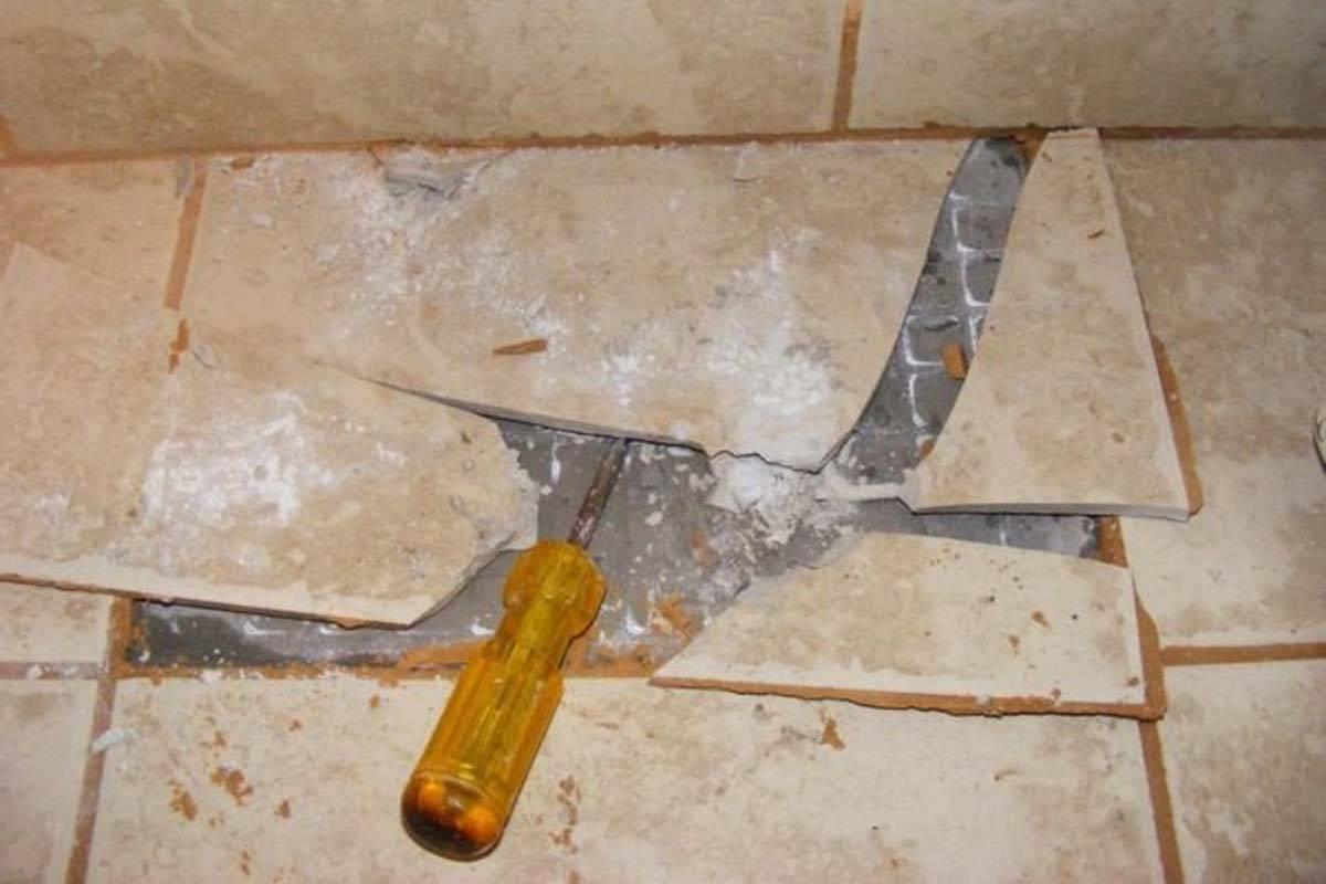 Не обязательно сбивать плитку в ванной: ремонт недорого. дизайн ванной