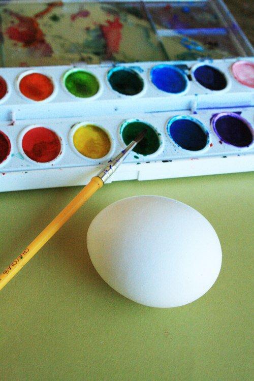 Какой краской лучше всего покрасить пенопласт