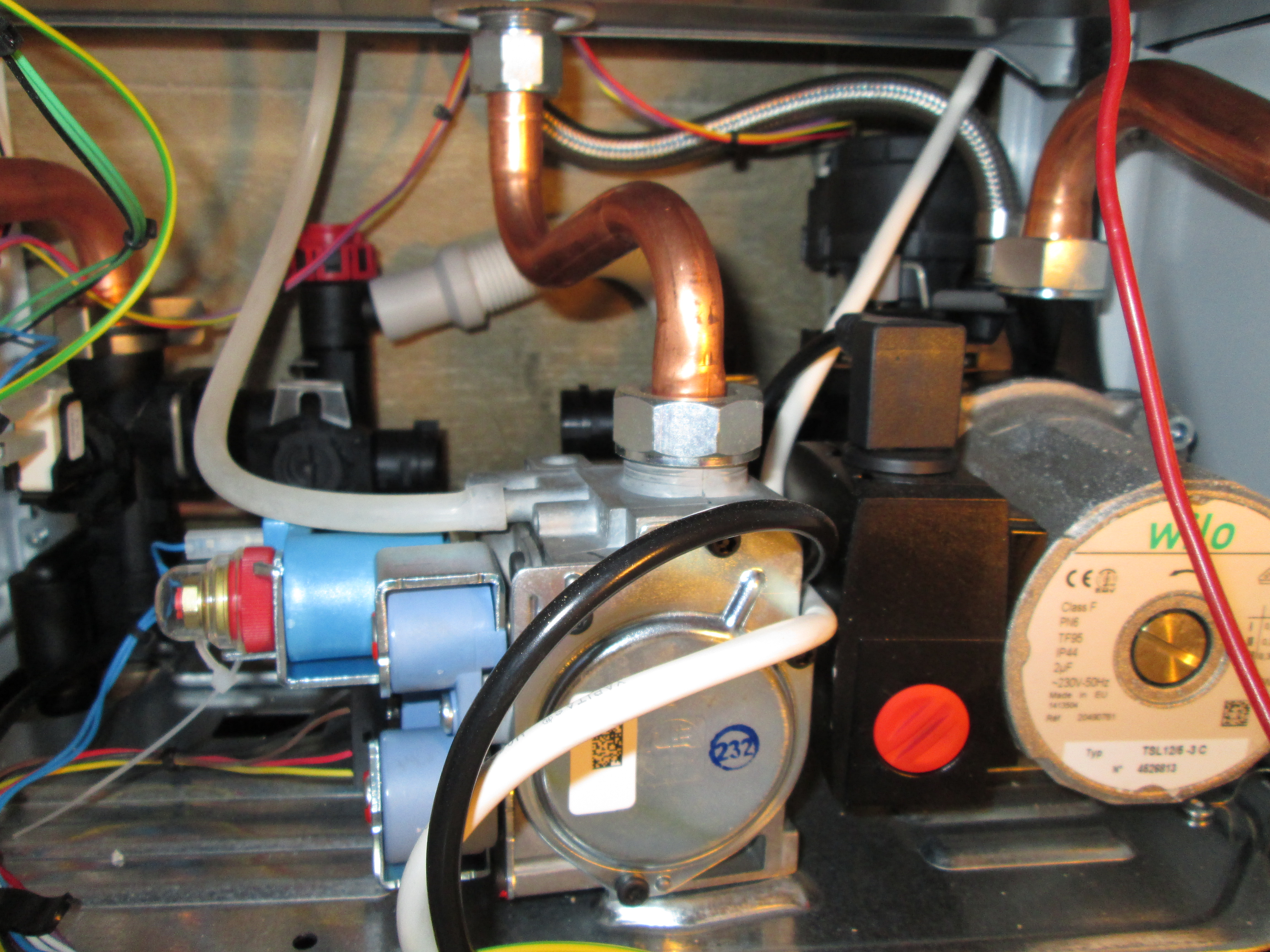 Неисправности газового котла: не набирает температуру, часто включается