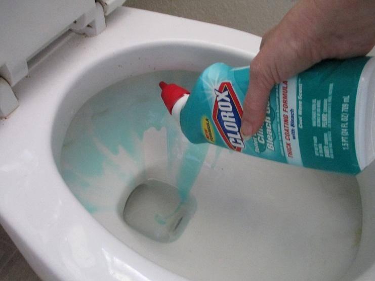Способы прочистить засоры в ванной