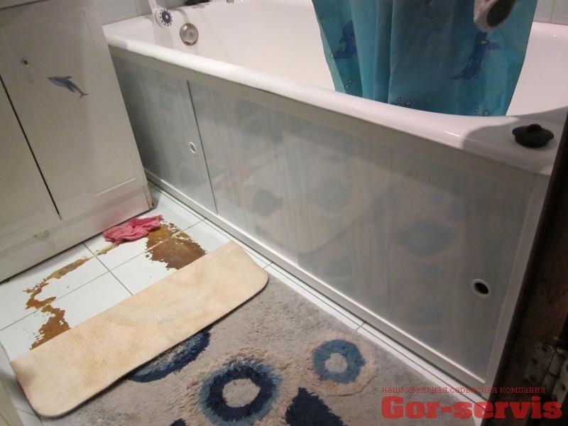 Экран под ванну своими руками: пошаговая инструкция по установке каркаса и финишной отделке