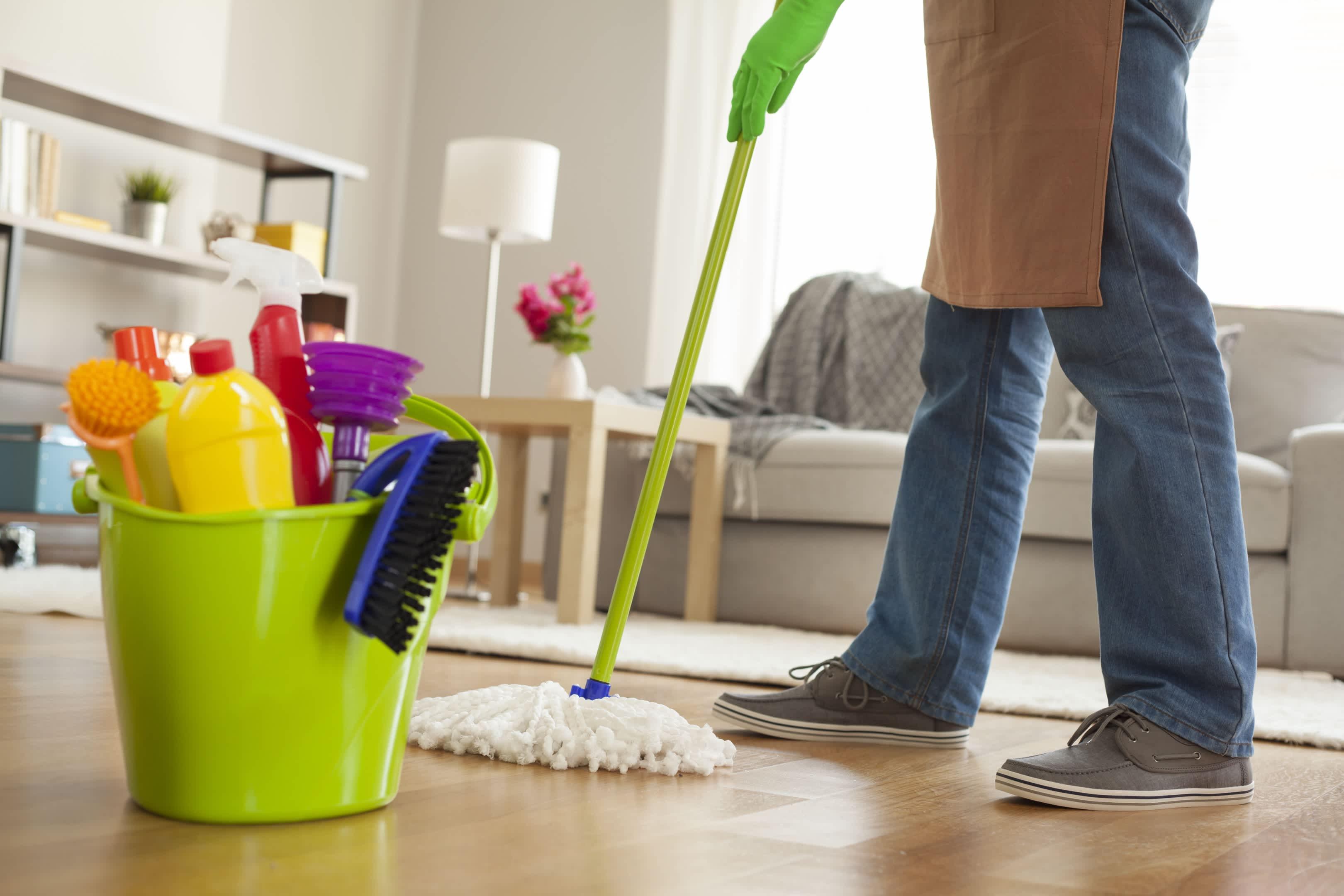Чем лучше убрать и как правильно вытирать пыль в доме или квартире?