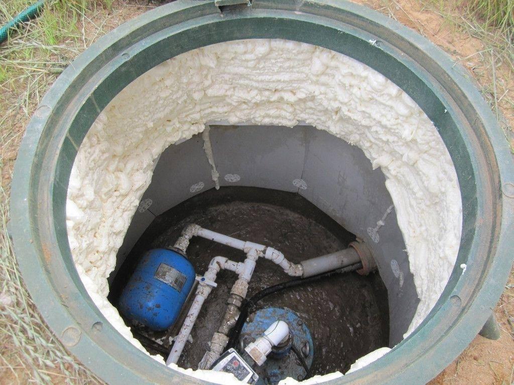 Способы как правильно утеплить бетонный колодец
