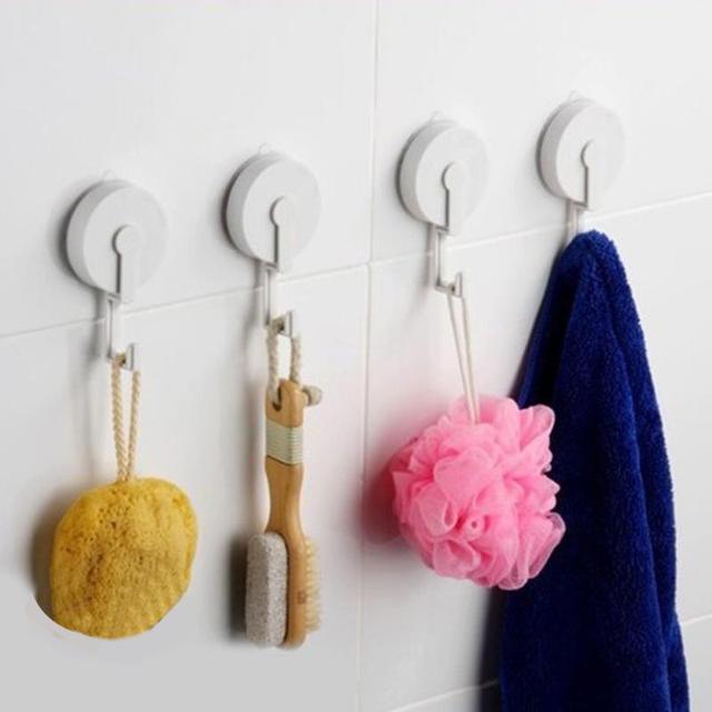 Крючки для одежды настенные в прихожую: какие лучше выбрать