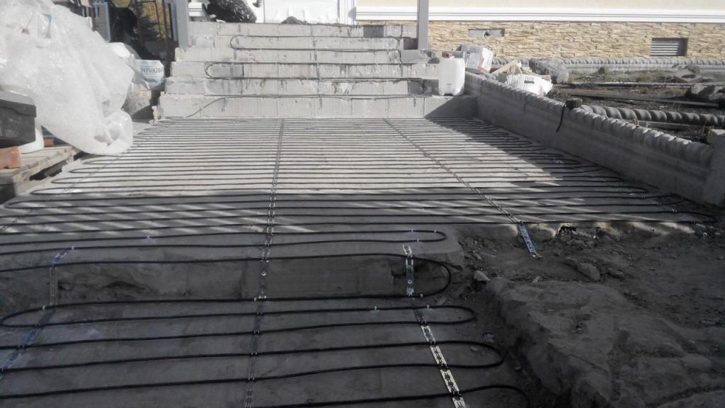 Обогрев ступеней на крыльце и уличной лестнице