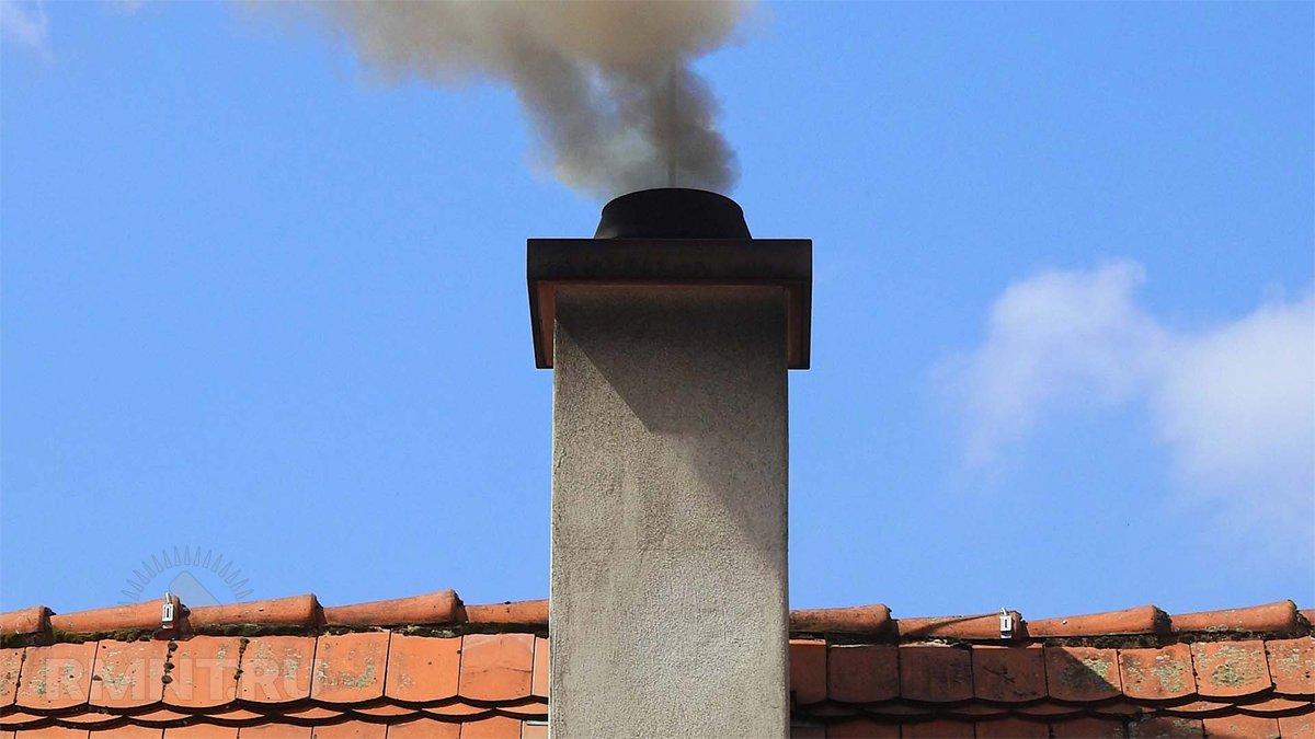 Почему дымит камин, основные причины его дымления, способы устранения