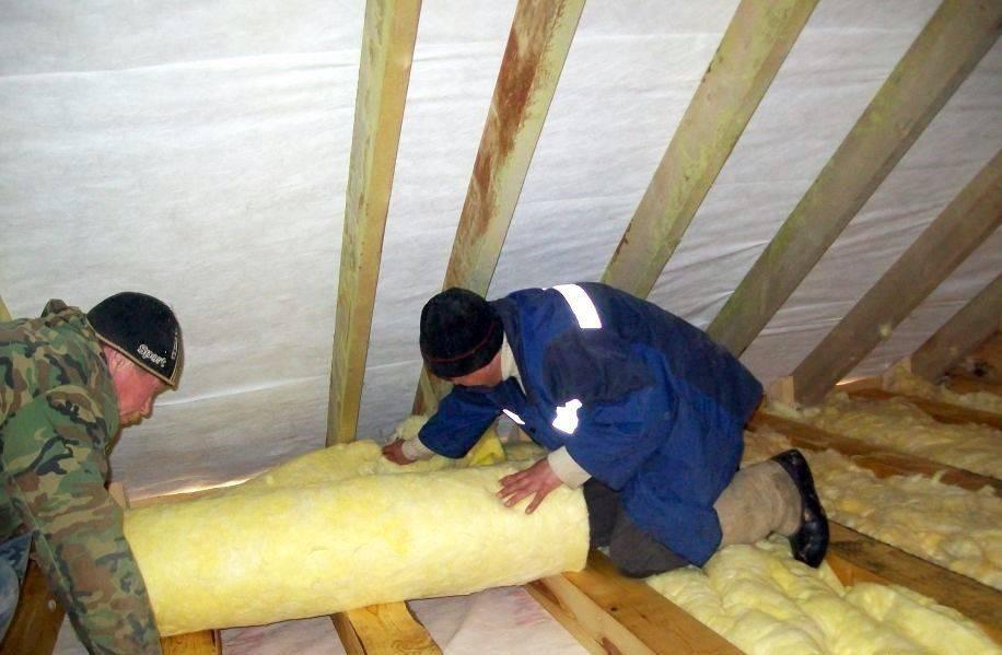 Утепление чердачного перекрытия: утепляем холодный чердак по деревянным балкам, лучший утеплитель по железобетонной плите