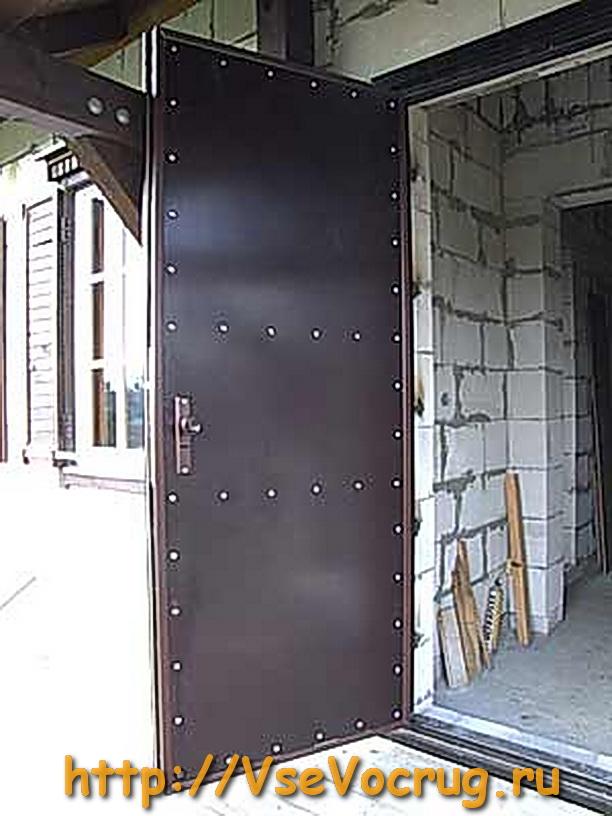 Утепление китайской металлической двери своими руками