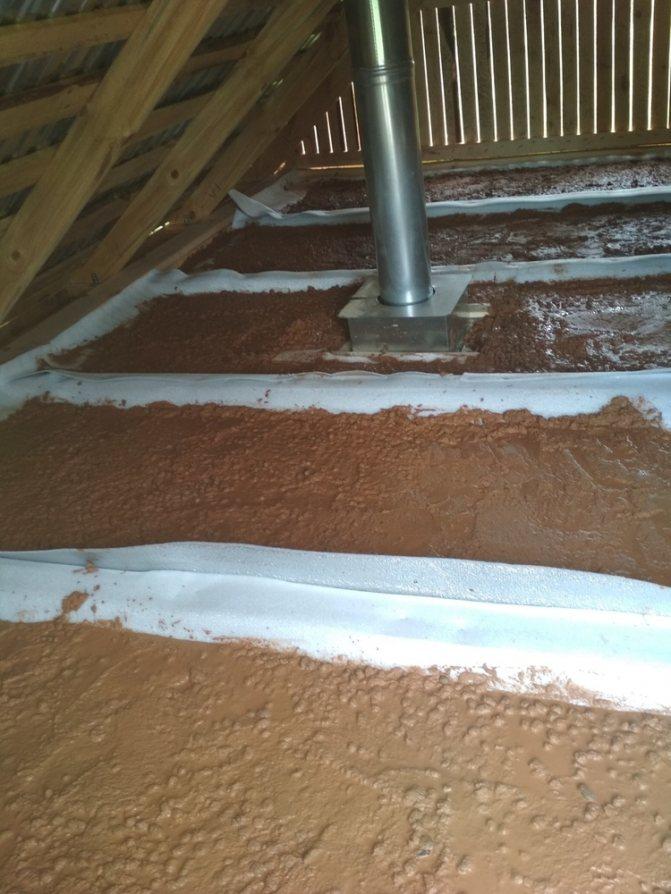 Глина с опилками как утеплитель на потолок - всё о ремонте потолка