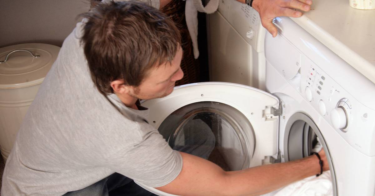 Как отстирать от плесени и желтых пятен шторку в ванной? - шторы