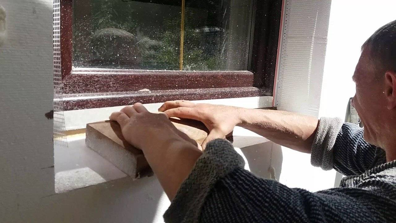 Зачем утеплять откосы окон внутри дома и как это правильно делать?