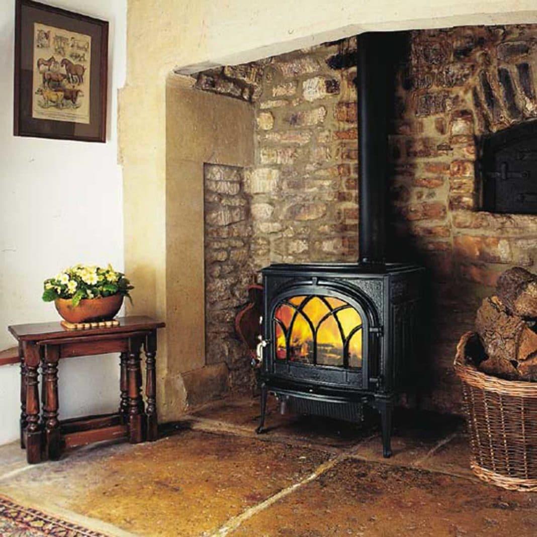 Газовая печь для дома, дачи и отопления: как выбрать?