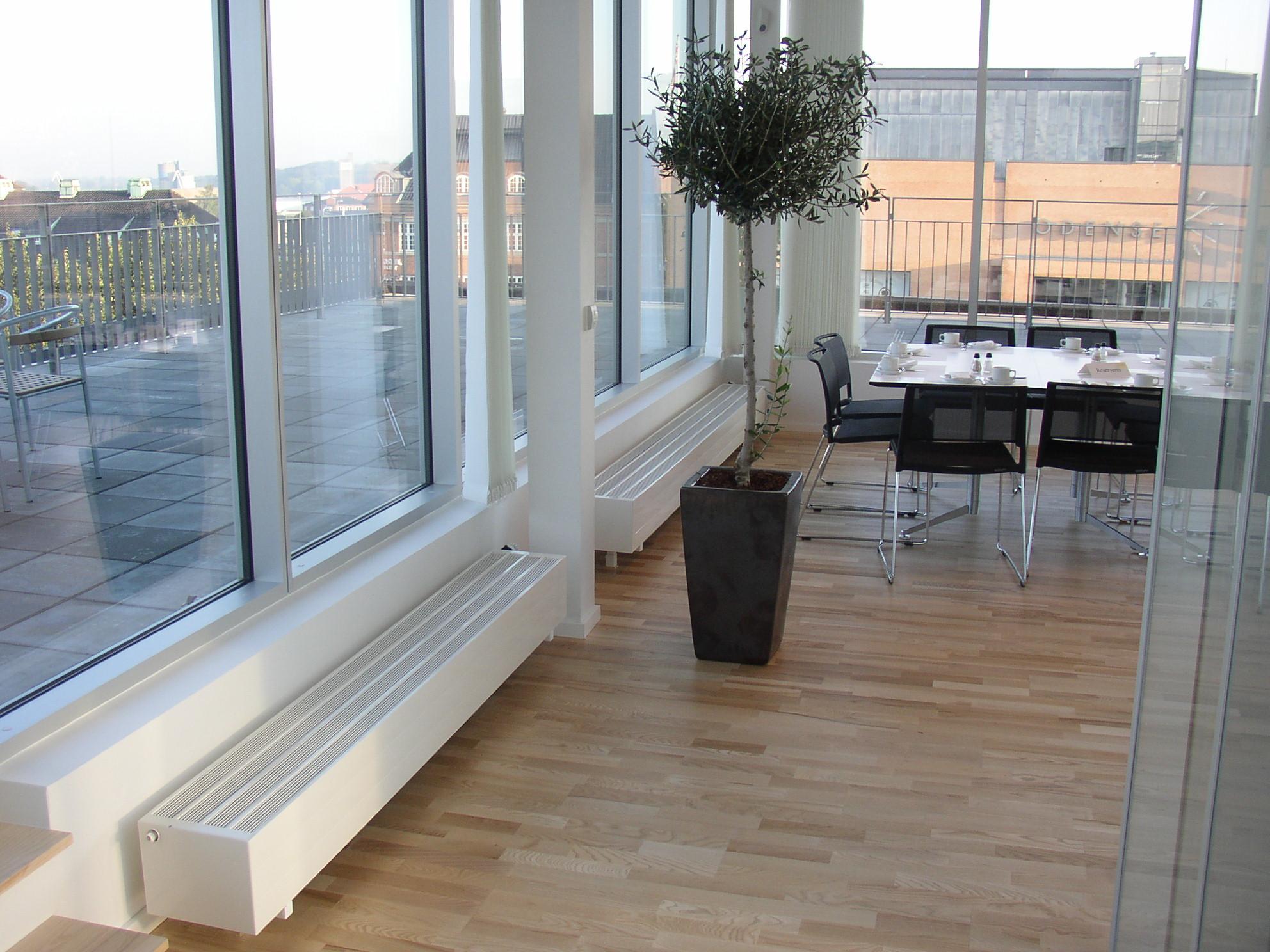 Низкие радиаторы отопления для панорамных окон - дизайн и ремонт интерьеров art-pol58.ru