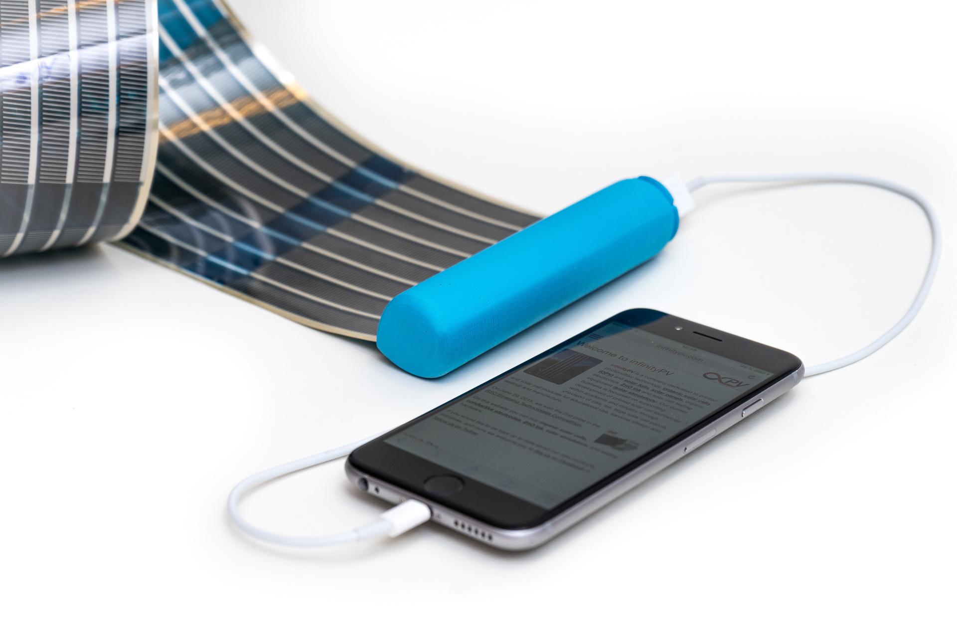 Как зарядить телефон от солнечной батареи
