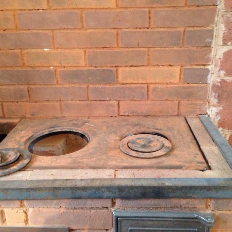 Тонкости выбора и установки чугунной плиты на печь