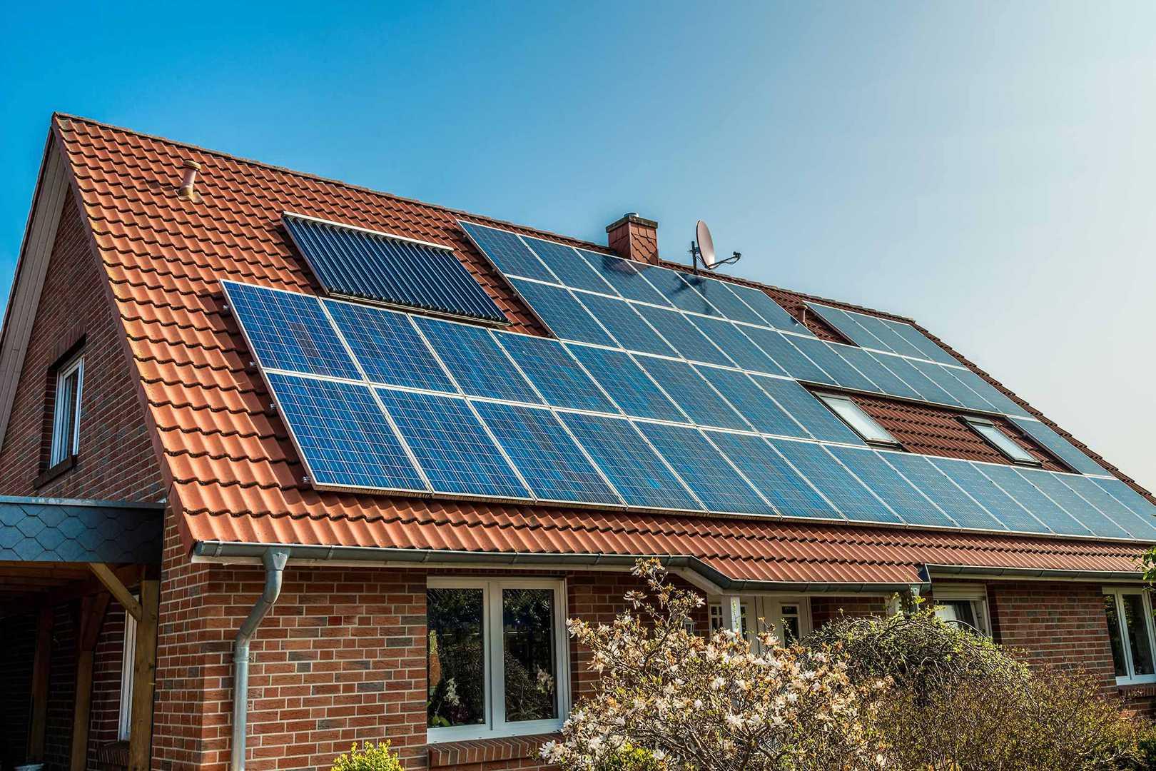 Практика использования моно и поликристаллических фотомодулей в солнечных батареях