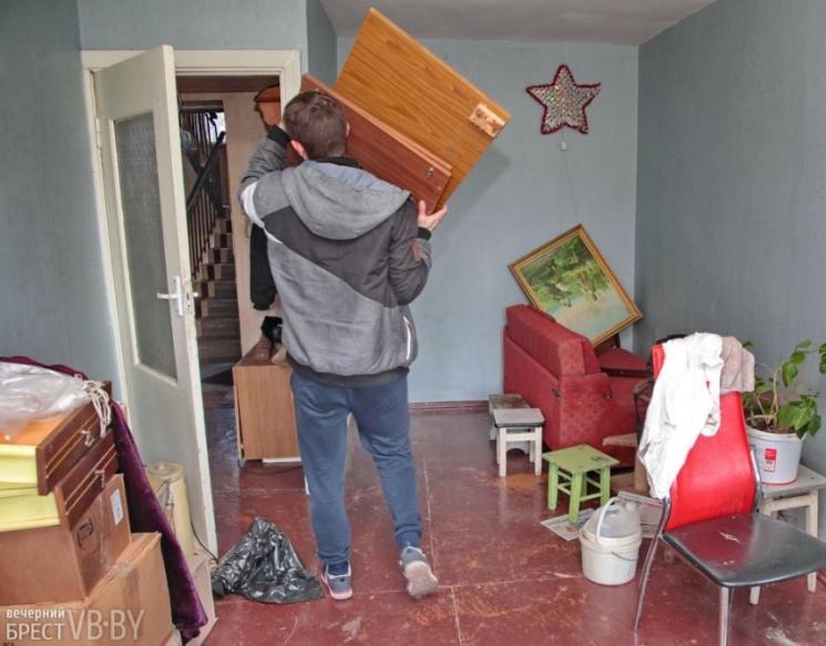 Как выселить квартирантов из квартиры, если не съезжают и не хотят платить