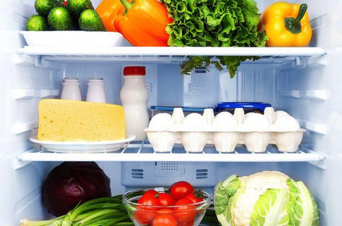 Оказывается, все это время мы хранили овощи неправильно: для каких продуктов на самом деле нужен нижний ящик холодильника