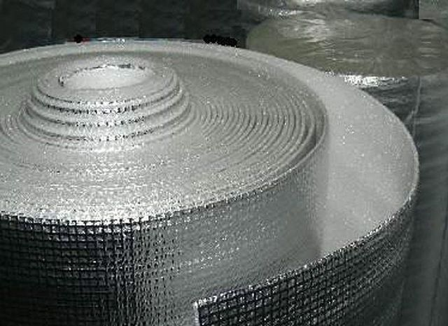 Правила использования фольгоизолона в утеплении зданий