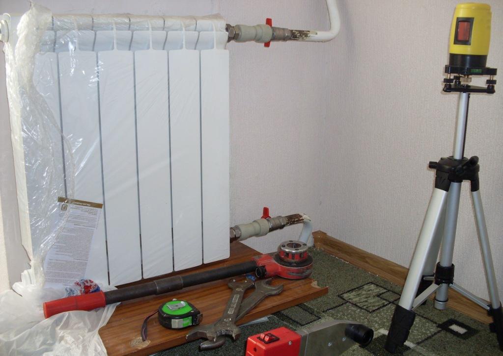 Кронштейн для радиатора отопления | гид по отоплению