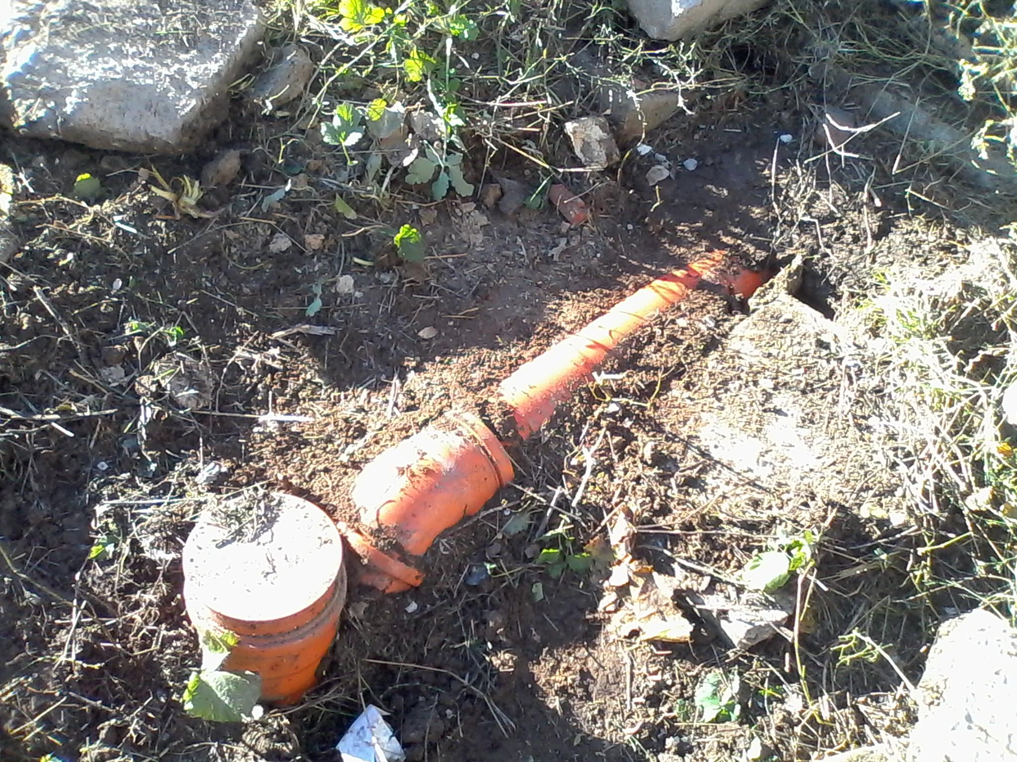Какими способами выполняют утепление канализации