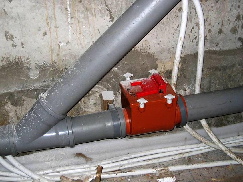 Вот почему вам нужен обратный клапан для канализации