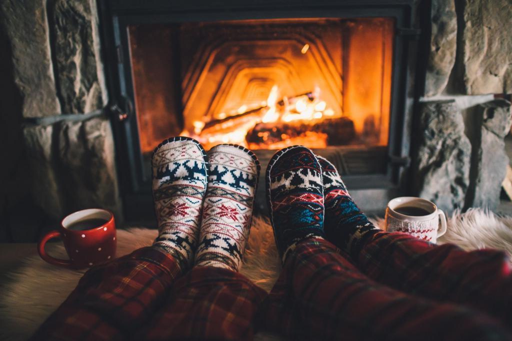 Поздравления про тепло и уют  читать | anekdotix.ru