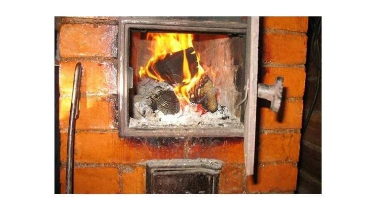 Почему дымит печь в доме: возможные причины и варианты устранения