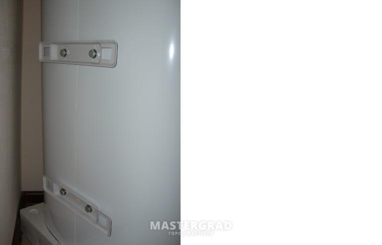 Как правильно повесить водонагреватель на стену + нюансы подключения бойлера