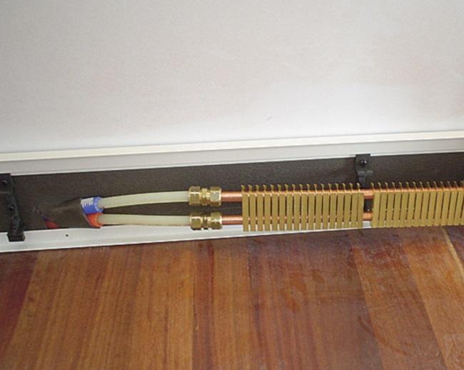 Какой купить плинтусный обогреватель электрический?