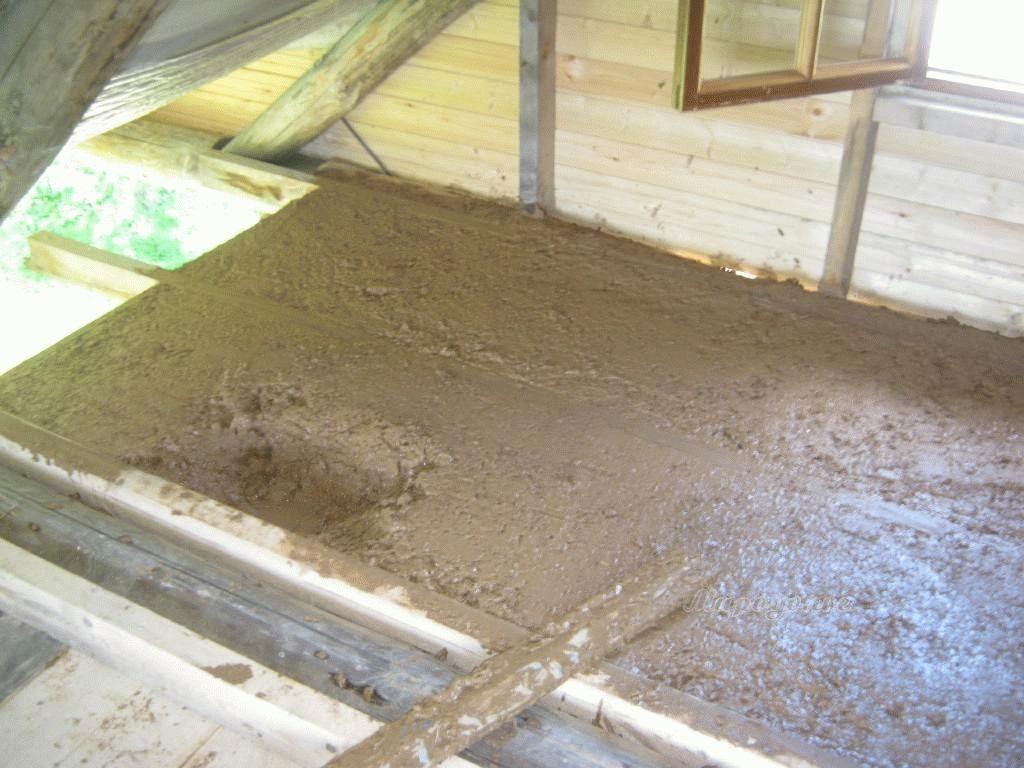 Как утеплить дом глиной и соломой с опилками своими руками