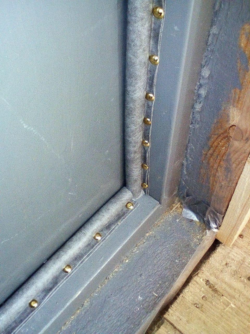 Как утеплить входную дверь в частном доме: пошаговая инструкция