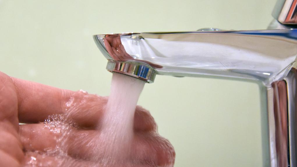 Норма температуры горячей воды в кране в многоквартирном доме, санпин