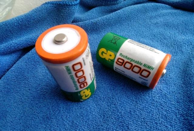 Вместо батареек в газовой колонке блок питания, на 3 вольта