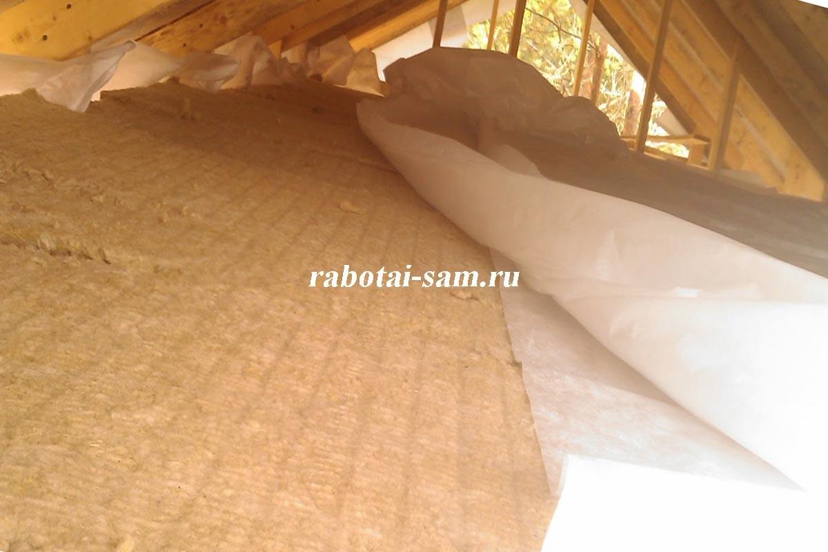 Утепление потолка опилками - как оно выполняется, видео