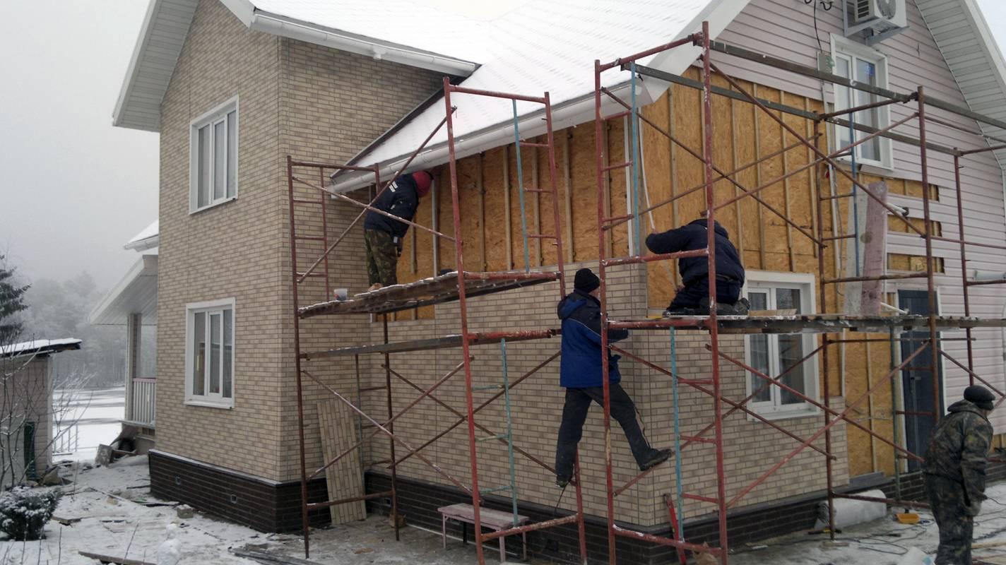 Чем можно недорого и красиво обшить стены частного дома