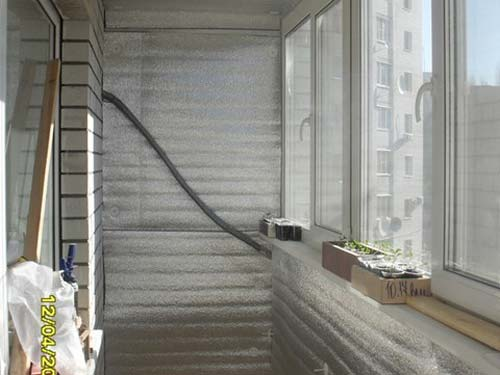 Утепление балкона или лоджии пенофолом своими руками