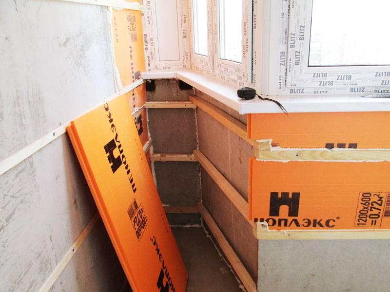 Чем крепить пеноплекс к стене из кирпича