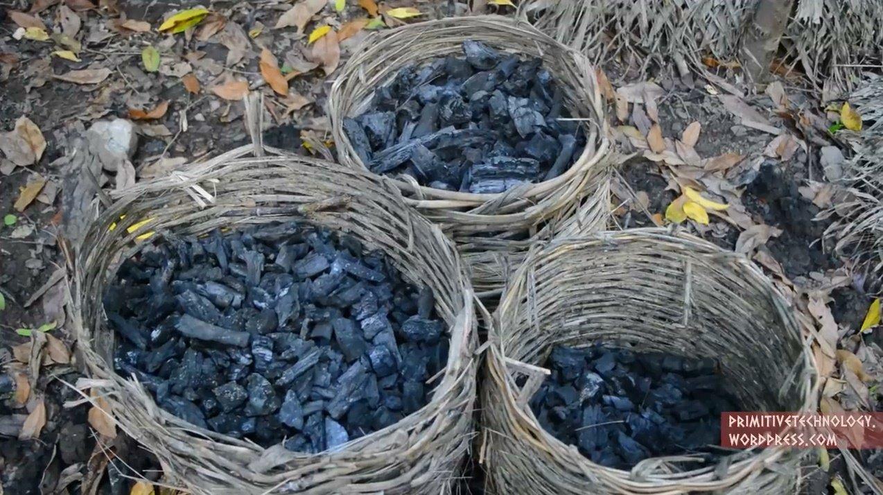 Как сделать древесный уголь своими руками и что нужно, чтобы превратить его в бизнес