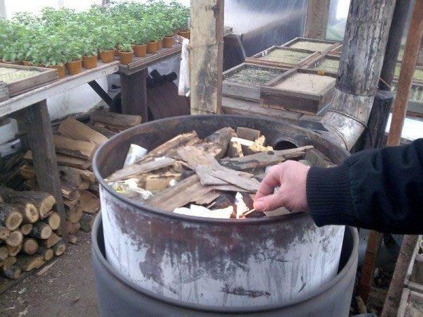 Как отапливают теплицы. способы отопления, особенности и практические рекомендации