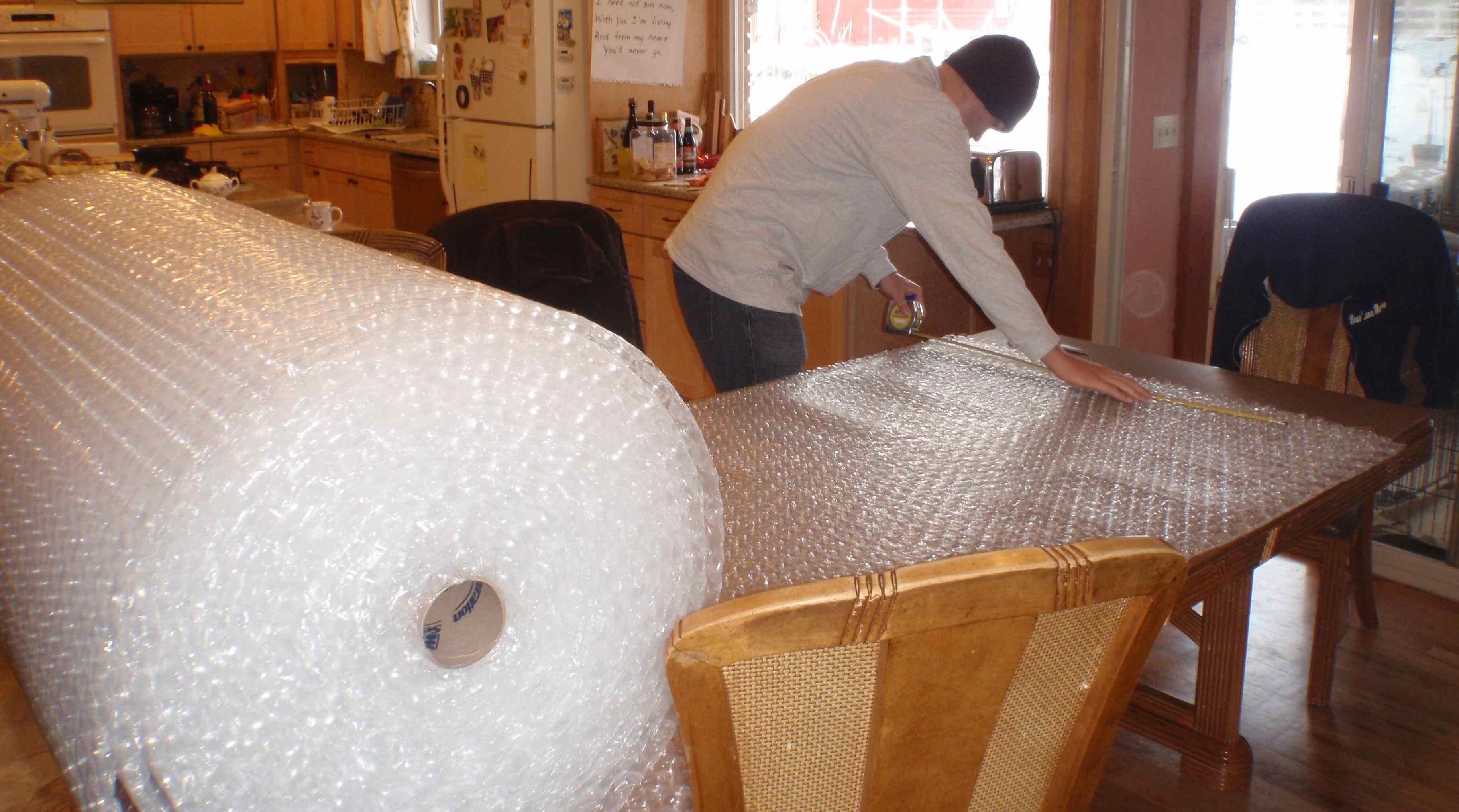 Мое применение пузырчатой упаковки с пользой для быта и выгодой для кошелька