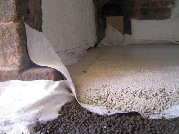 Утепление бетонного пола первого этаж: рейтинг материалов+монтаж