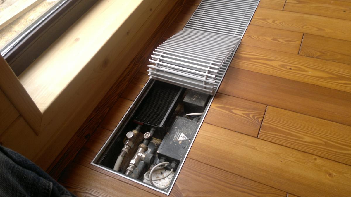 Какое отопления лучше теплый пол или батареи: сравнение эффективности радиаторов и тп в частном доме, что экономичнее в использовании и дешевле в установке