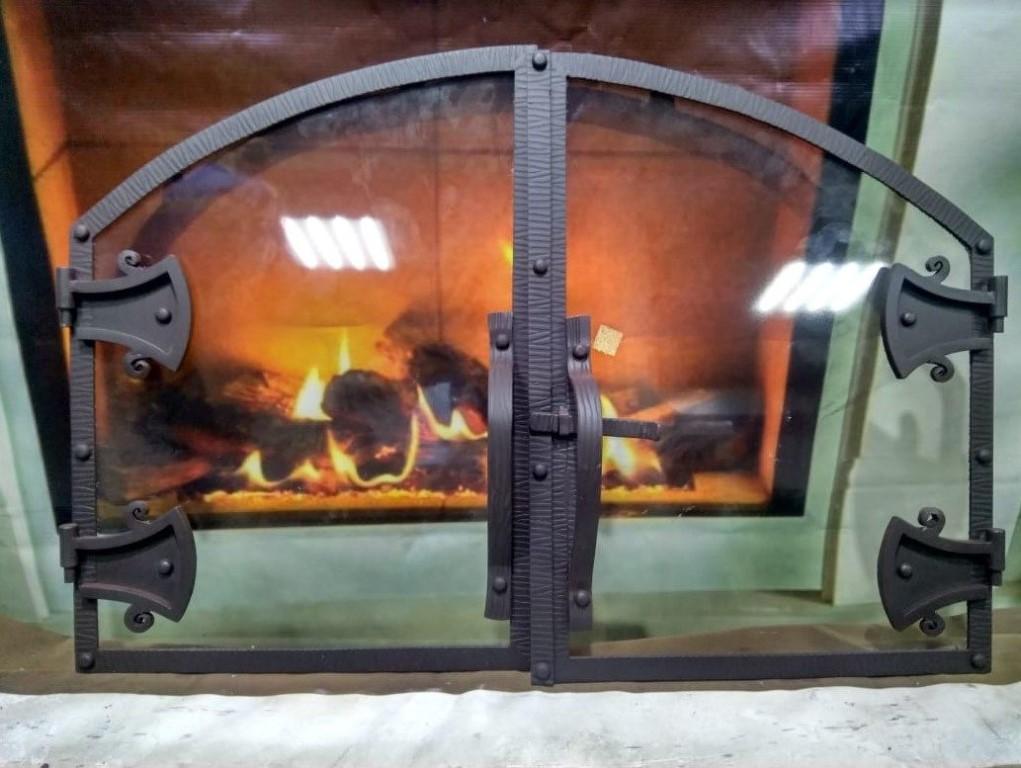 Как изготавливается дверца для камина, как провести работы своими руками